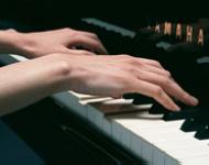 ピアノ・その他楽器の講師紹介